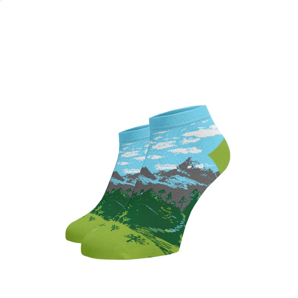 Levně Veselé kotníkové ponožky Hory Bavlna 39-41